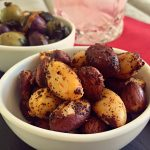Spicy Cocktail Nuts | cookglobaleatlocal.com