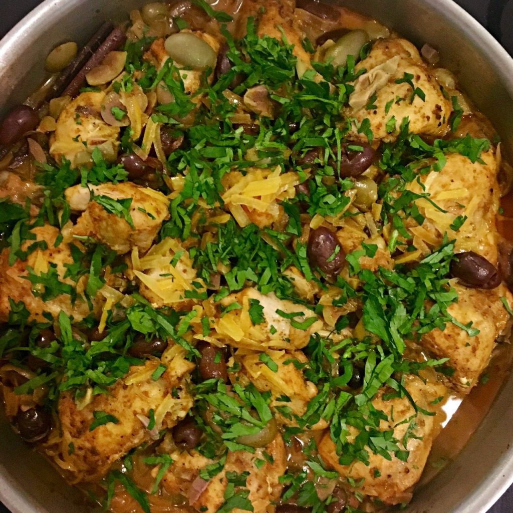 Moroccan Chicken Tagine with Olives and Preserved Lemon | cookglobaleatlocal.com