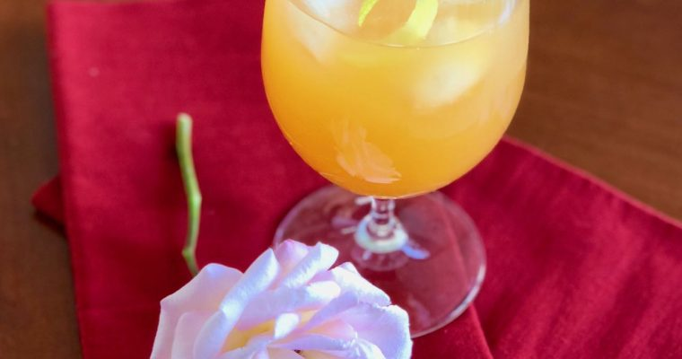 Iced Rooibos Fruit Tea, A Refreshingly Healthy, Sugar-Free Summer Cooler