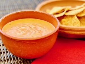 Easy, Healthy, Vegan Queso | cookglobaleatlocal.com