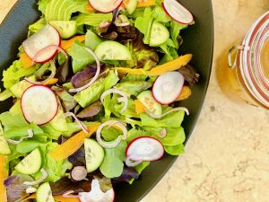 The Best Green Salad, Simple but Deliberate | cookglobaleatlocal.com